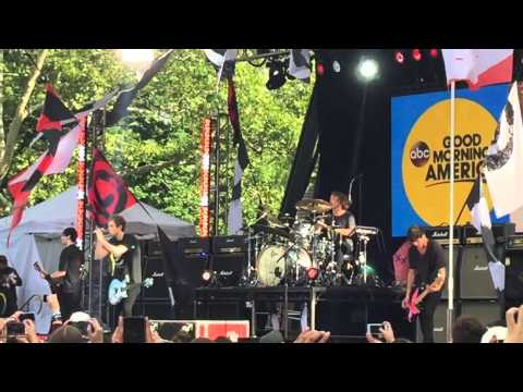 5 Seconds of Summer at Good Morning America 2015