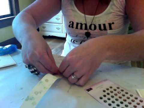 Paper Yo Yo Greeting Card Tutorial