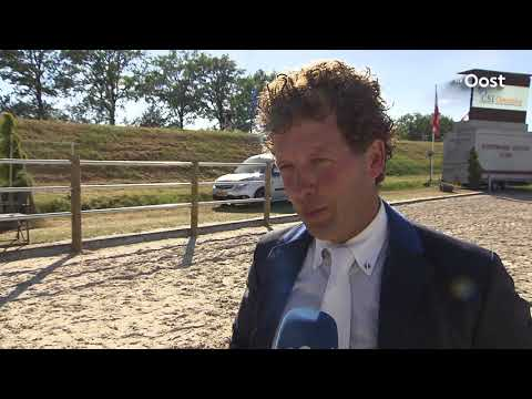 Springruiter Pim Mulder wint verrassend Grote Prijs van Ommen