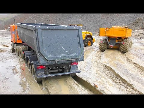 RC Vehicles Work in the Mud! Best R/C Construction Site! RC Trucks Extreme!