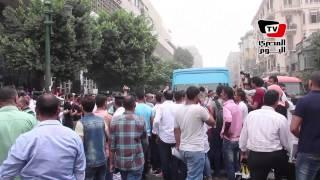 الأمن يعيد فتح قصر العيني بالقوة بعدما قطعه طلاب «مستنفدي رغبات التنسيق»