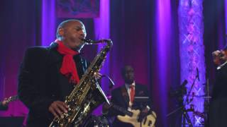 "Live Performance ""I Will Always Love You ""- Kirk Whalum"