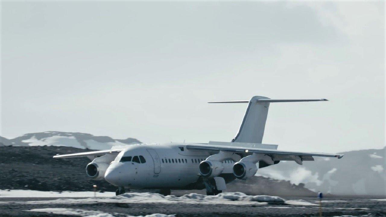 【動画】ドレーク海峡を飛行機で横断する南極クルーズ