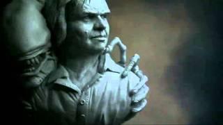 Sculpture en hommage à H.R. Giger