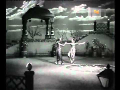 Kodi Kodi Inbam Song Lyrics From Aada Vantha Deivam