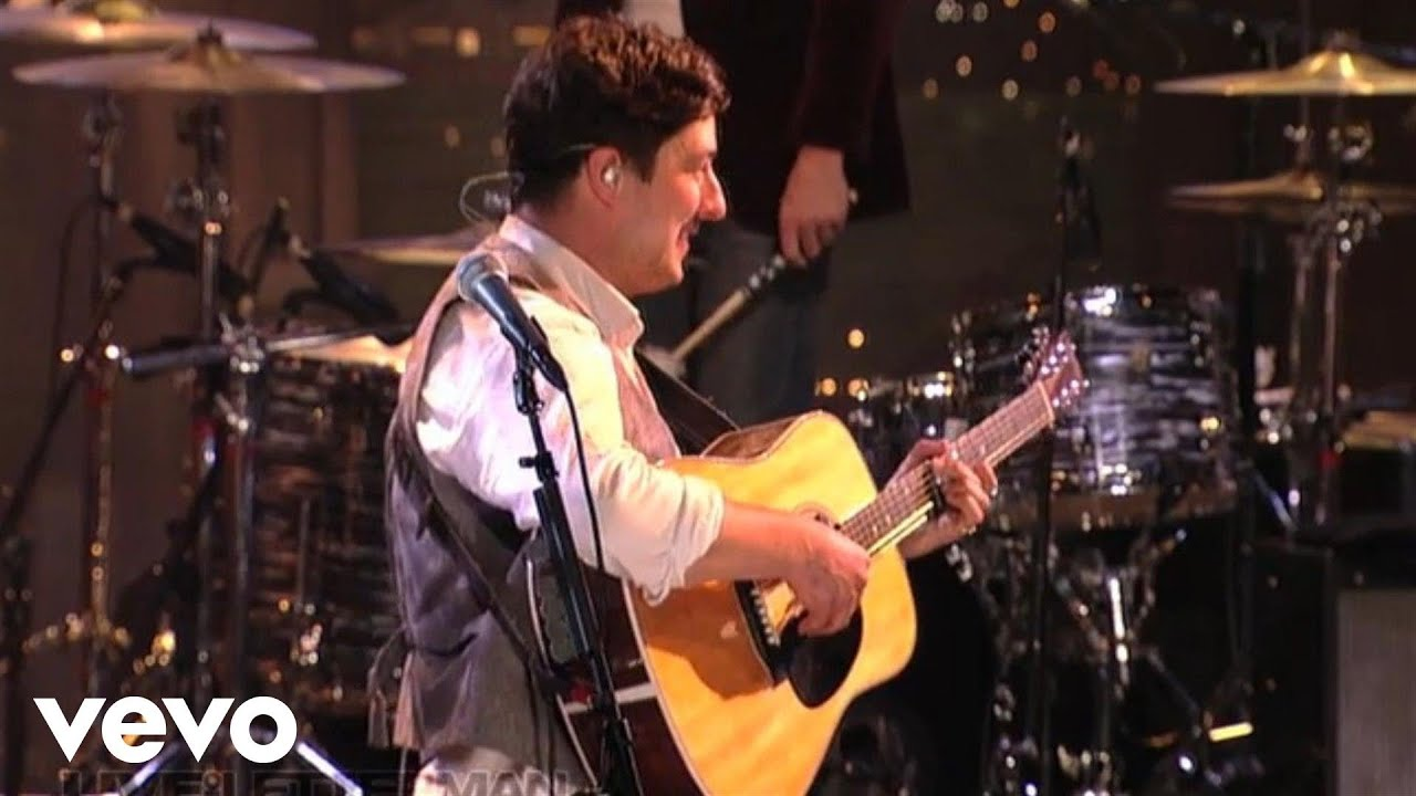 mumford-sons-whispers-in-the-dark-live-on-letterman-mumfordandsonsvevo