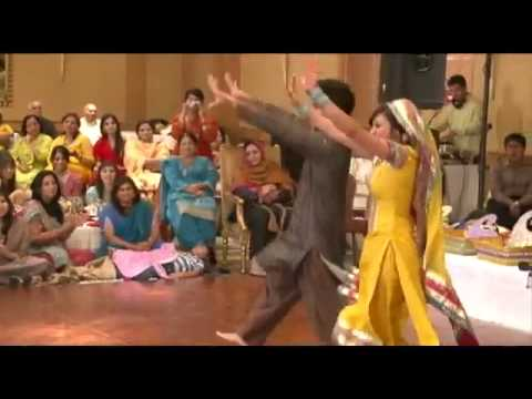 Pakistani Wedding Groom & Bride Best Dance .flv