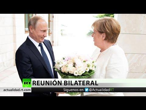 Merkel se reúne con Putin ante la creciente tensión con EE.UU.