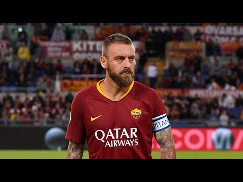 LIVE: De Rossi's emotional farewell to the #ASRoma fans   #DDR16