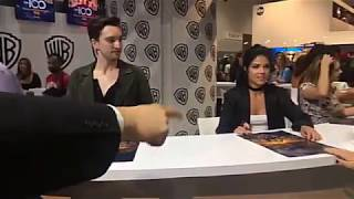 The 100 Cast Signing At Comic Con 2017