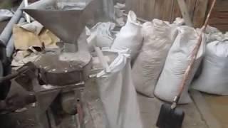 Самодельная мельница - размол зерна.