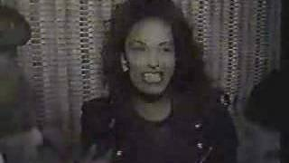 Selena Quintanilla - Rare Interview before En Vivo Show