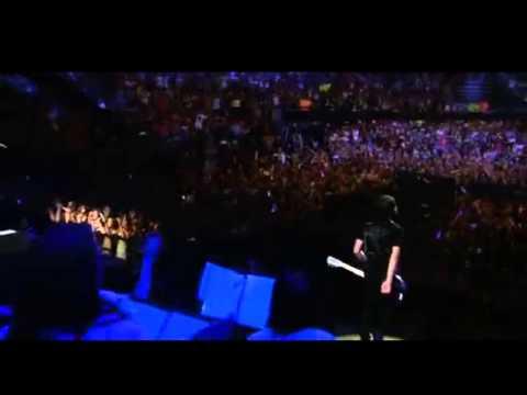Nick Jonas- A little bit longer