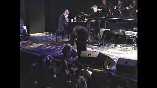 Mordechai Ben David Habet With A Very Special Choir