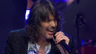 Foreigner - Waiting For A Girl Like You (HD) (Melodic Rock)