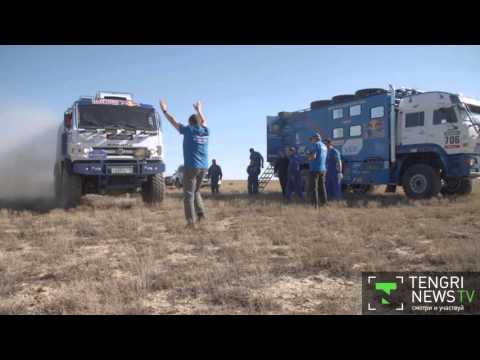 Гонщики КамАЗ-Мастер провели тренировки в Казахстане перед Дакаром