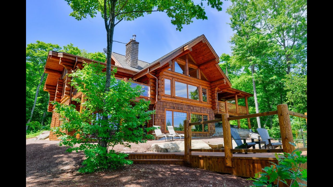 2 7 Million For A Luxurious Log Cabin On A Private
