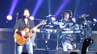 "Nickelback (live) - ""Photograph"" Forest National Brussels BE 21-11- 2013"