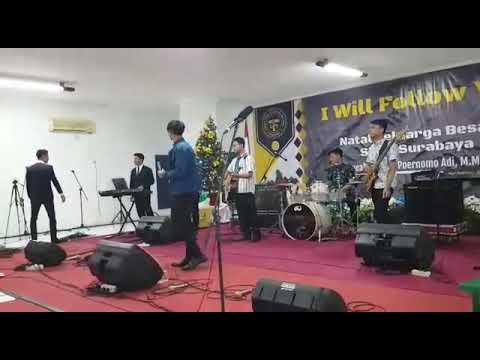 Persembahan lagu dari Astra Band 07 Desember 2018 Natal Kampus