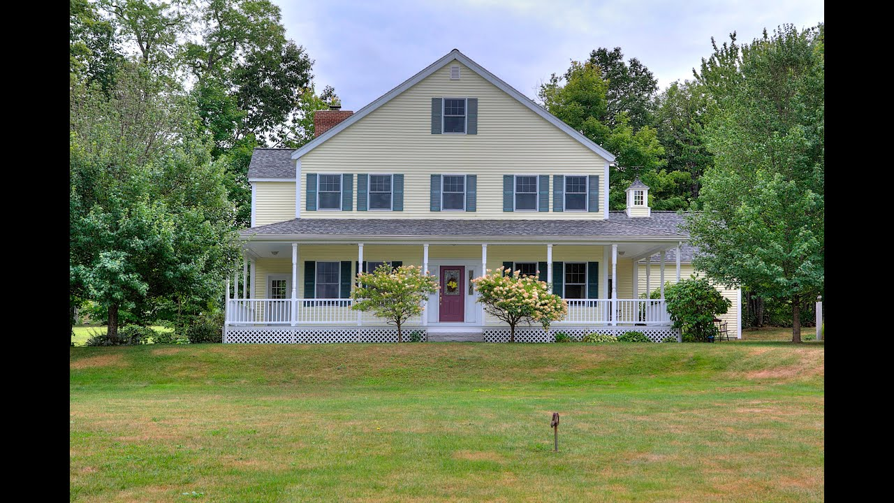 Captivating country farmhouse with wrap around porch new Farm houses with wrap around porches