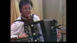 Юрий и Людмила Кукузенко. Вариации на темы украинских народных песен.