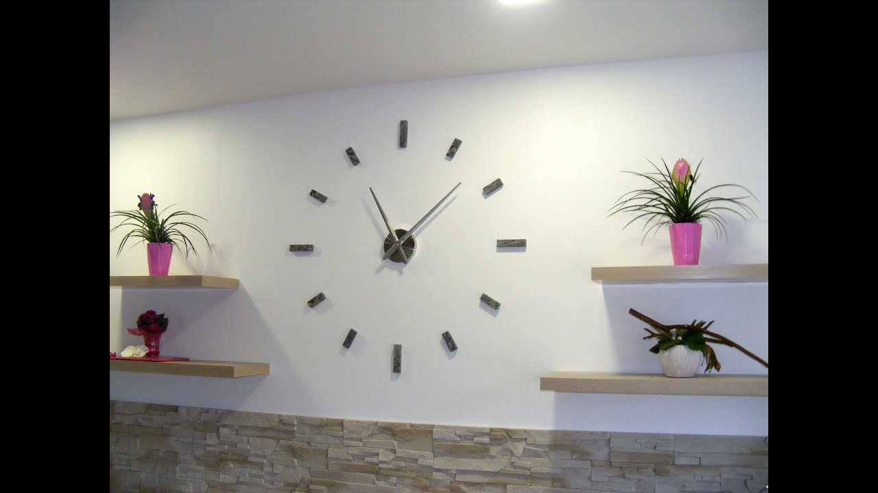 Horloge murale design youtube for Decoration murale a coller
