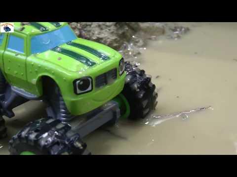 Смотреть Вспыш и чудо машинки играют в грязи Мультики для мальчиков
