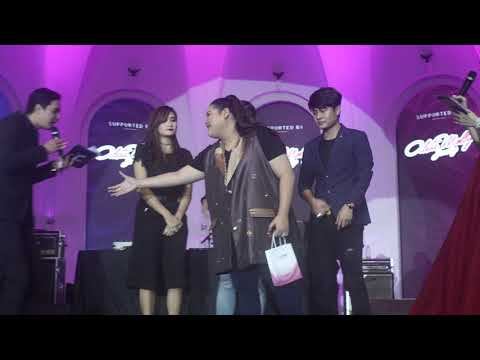Aleta Molly - Rossa-Cakra Khan di Intimate Dinner Valentine's Day Vlog