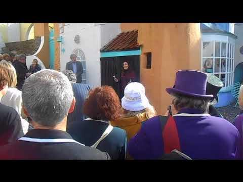 The Prisoner 50th Anniversary - Catherine McGoohan unveils Patrick McGoohan bust in Portmeirion