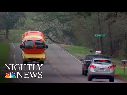 Oscar Mayer Paying College Grads To Drive Cross-Country In The 'Wienermobile' | NBC Nightly News