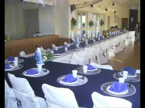 salle mariage bleu marine et blanche