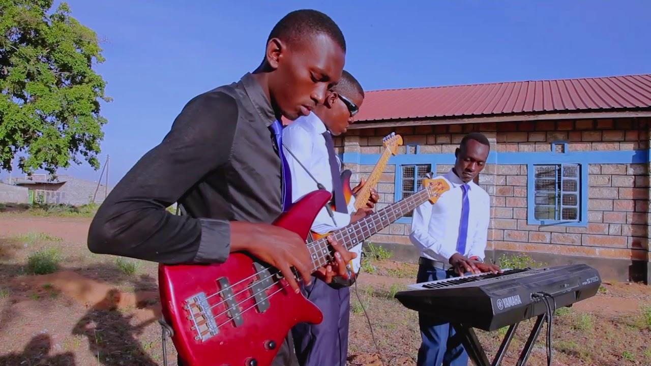 Download AIC ULUTYA CHOIR (Masinga)-TWAYAWEZA