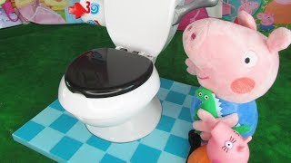 Potty Training Little George with Mama Pig