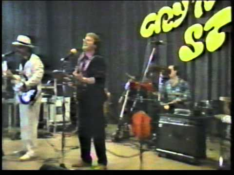 Cry`n Strings - live  Monja 1986