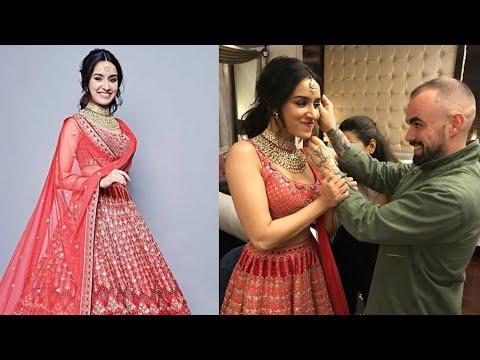Shraddha Kapoor 2018 Rampwalk for Anita Dongre at The Wedding Junction Show