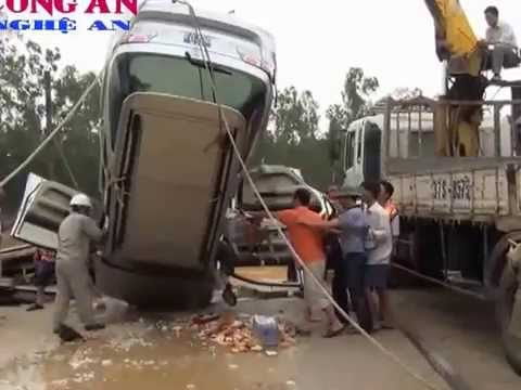 PGĐ sở Công thương Nghệ An bị lũ cuốn khi giúp dân