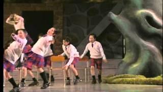 2011キッズミュージカルtosu第8回公演「新・逆さの国の物語り」授業中でしょ!