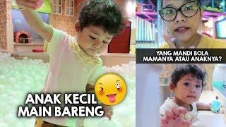 Download Video Nemenin Anak Kecil Mandi Bola Sampe Capek | MOM LIFE | RIRIEPRAMS MP3 3GP MP4