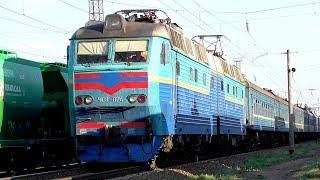 ЧС8-074 следует с поездом №244 Бердянск - Ивано-Франковск