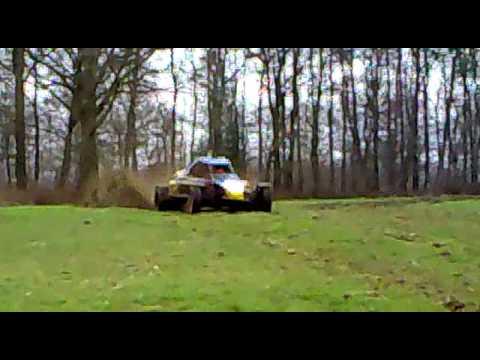 Azzurro Racingteam Cross auto testen - YouTube