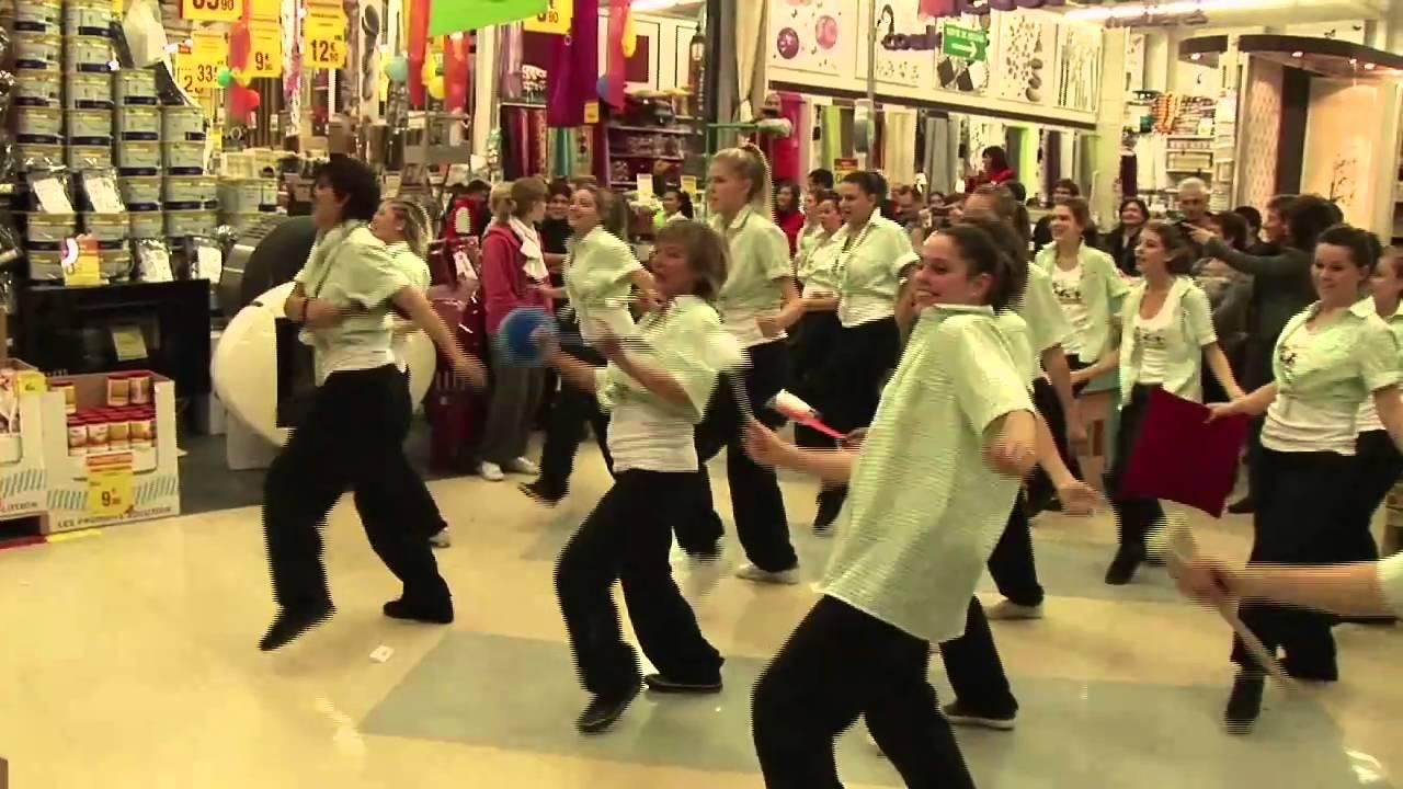 flashmob leroy merlin grenoble