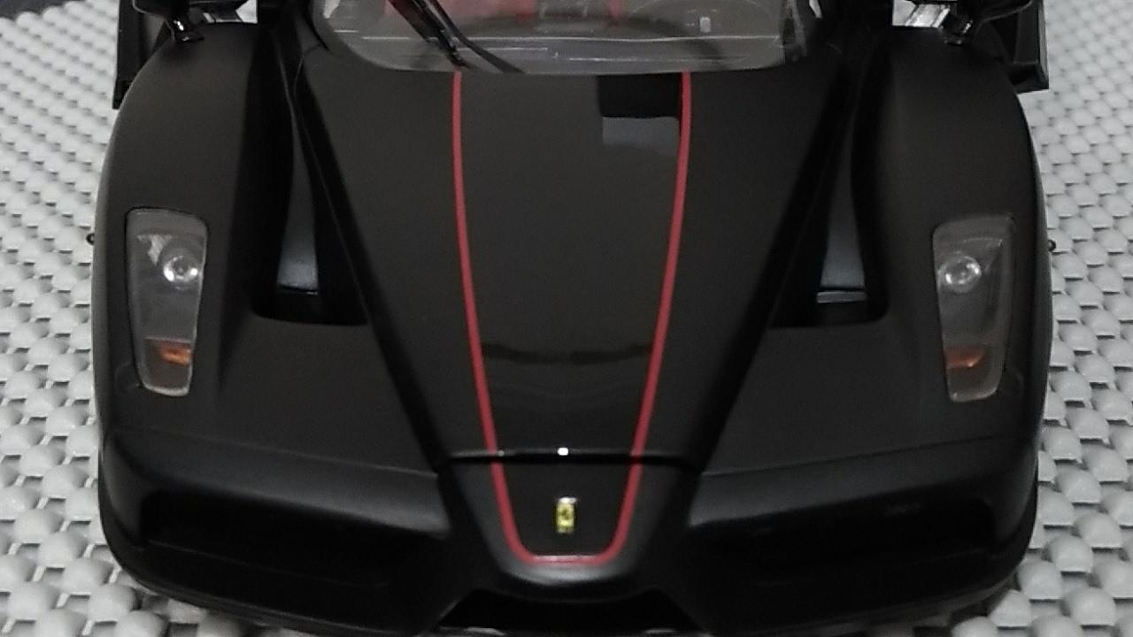 Unboxing Ferrari Enzo Matt Black 1 18 Bbr Youtube