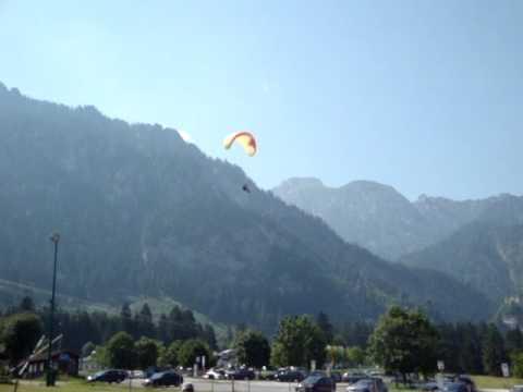 Flugschule Aktiv Gleitschirmlandeanflug Tegelberg