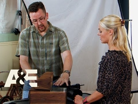 Storage Wars: Texas: Jenny Gets Her Camera Obscura Appraised Season 3, Episode 12  A&E