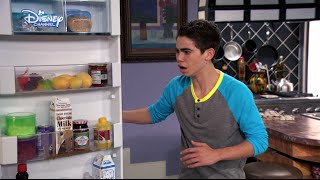 Jessie - Luke Running Fail - Official Disney Channel UK HD