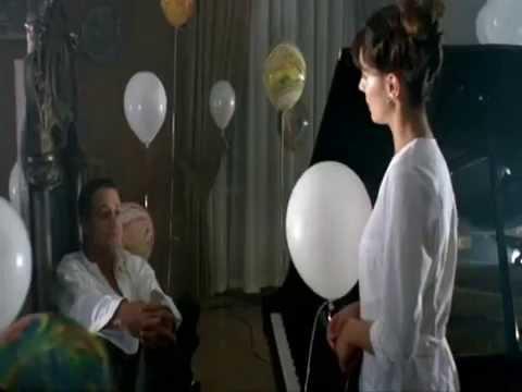 Стриптиз из фильма Ночные сёстры