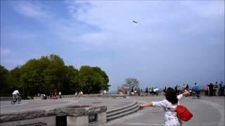9Мая небо Монреаля украсила гигантская Георгиевская лента