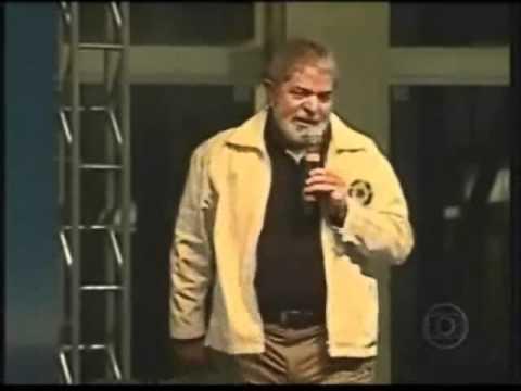Lula se contradizendo a respeito do bolsa familia.
