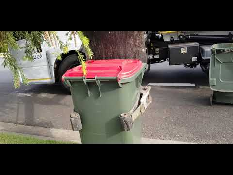 City Of Parramatta Council Garbage Collection Sydney's Northern District #SL815 SUEZ American waste