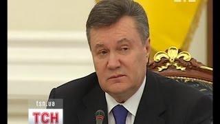"""Азаров попал под """"горячую руку"""" Януковича"""